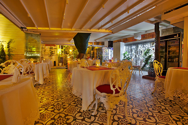 Büyükada Secret Garden Restaurant